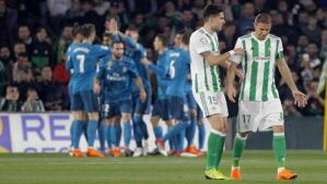 Las imágenes más trepidantes del Real Betis-Real Madrid (3-5)