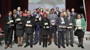 Premios a los sevillanos que llevan a Andalucía por bandera