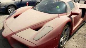 «Cementerio» de joyas: en Dubai hay miles de grandes automóviles abandonados