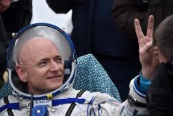 En imágenes: el regreso a la Tierra de dos astronautas tras pasar un año en el espacio