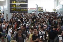 Colas en el aeropuerto de El Prat en Barcelona