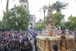 La procesión del Corpus Christi recorre las calles de Córdoba