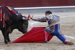 Así fue la lidia de Rafaelillo que emocionó a Madrid