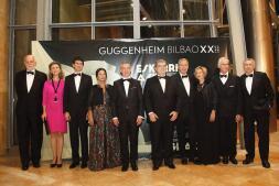 En imágenes: Ambiente de gala en la cena del Guggenheim para conmemorar su XX aniversario