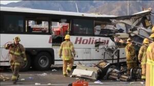 Al menos 13 muertos en un accidente de autobús en California