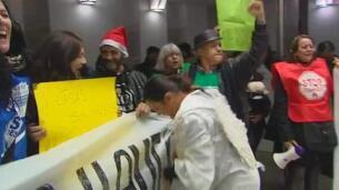 La PAH protesta en el IVIMA contra los desahucios de Goldman Sachs