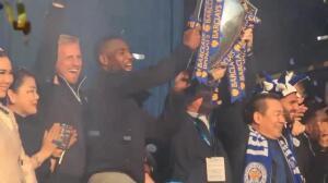 El Leicester destituye a Ranieri