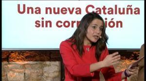 """Arrimadas apuesta por un presidente del PP """"limpio"""" en Murcia o nuevas elecciones"""