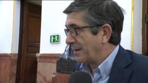 """Patxi López pide """"hacer caso"""" a la Gestora y """"cumplir las normas"""""""