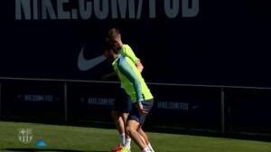 El Barça se entrena con la mayoría de sus internacionales