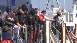 Rescatadas en Almería 111 personas a bordo de 3 pateras