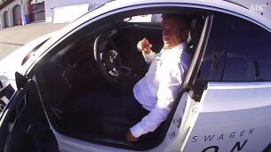Consejos de Luis Moya para colocarse en el coche