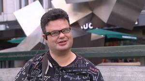 Una cámara en las gafas puede ayudar a las personas con problemas de vista