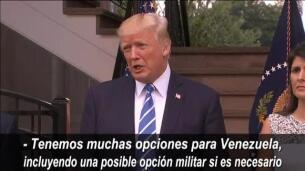 Mike Pence se distancia del tono belicista de Trump al hablar de Venezuela