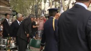 Portugal 'se toma' un café en La Rambla para vencer al terrorismo