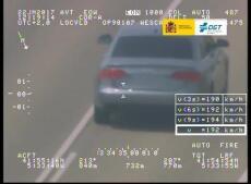 La DGT distribuye imágenes de las infracciones por velocidad más llamativas (VI)