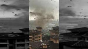 Un espectacular tornado arrasa todo a su paso en el noreste de China