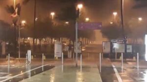 El huracán 'María' toca tierra con categoría 5