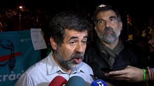 Centenares de personas continúan protestando frente al Tribunal Superior de Justicia de Cataluña