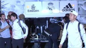 Locura merengue a la llegada del Real Madrid a Vitoria