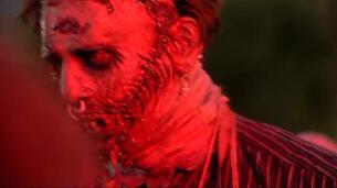 Los zombis más terroríficos invaden las calles de Sitges