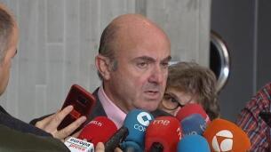 De Guindos considera que las previsiones del Gobierno para la economía española son