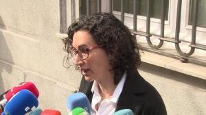Rovira dice que defiende los derechos que tienen como diputados