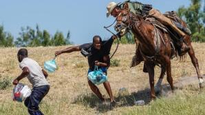 En imágenes: la guardia fronteriza de Estados Unidos persigue a caballo a los migrantes para evitar que entren al país